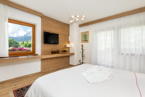 Rooms with panoramic view on the Dolomites